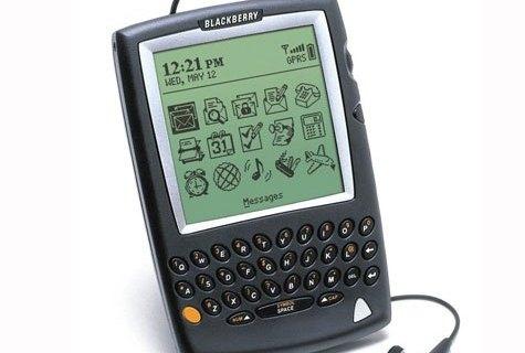 2. BlackBerry 5810