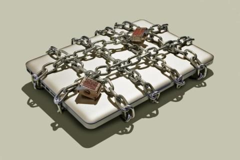 laptop-padlock-chains