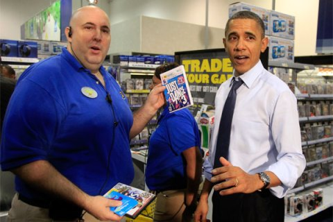 President Obama at Best Buy