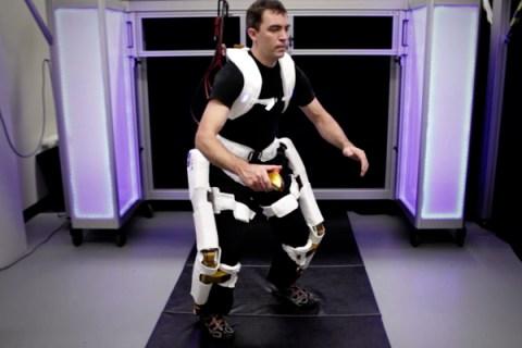 nasa-x1-robotic-suit