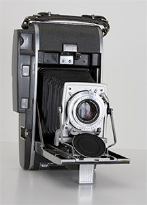 Polaroid Pathfinder 110A camera