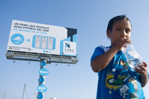 billboard-drinkable-water