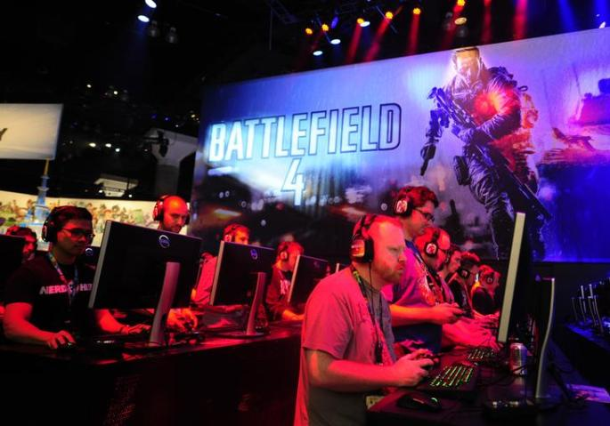 Gamers play Battlefield 4 during E3 in Los Angeles