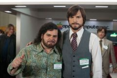 Josh Gad and Ashton Kutcher